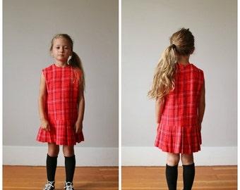 ON SALE 1960s Acrylic School Girl Dress >>> Size 5t/6