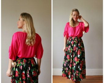 Deadstock, 1970s Fuschia Slouch Top >>> Size Medium to Extra Large (Plus Size)
