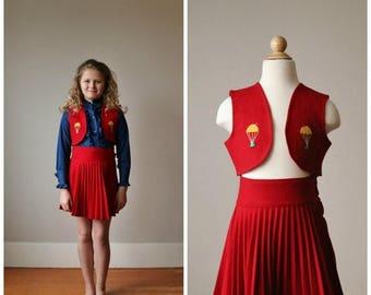 SPRING SALE 1940s Parachuting Scottie Dog Skirt & Vest Set >>> Size 7/8