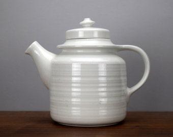 "Arabia Finland Kaarna 7"" White Teapot AS-IS Crazing, Matte White Coffee Pot or Tea Pot, Model GD, Scandinavian Design, Wartsila Finland"