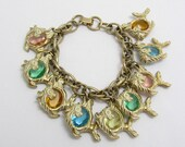 Chunky Vintage Fish Charm Bracelet Glass Belly Figural Charms Jewelry B7698