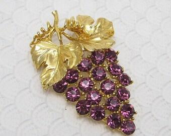 Alice Caviness Rhinestone Brooch Purple Grapes Vintage Jewelry P6211