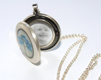 Sterling Silver Forget-Me-Not Photo Locket