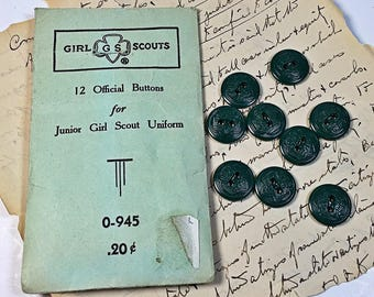 9 Vintage Junior Girl Scout Buttons in original paper package uniform