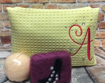 Personalized Bath Set - Rhinestone Cosmetic Bag - Great for Mother's Day or Graduation