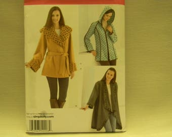 Uncut Simplicity Pattern 2208 Misses Fleece Jackets
