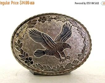 ON SALE Vintage Eagle and Floral Western Fashion Belt Buckle - silver color