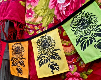 NEW Sunflower Flags set of 4