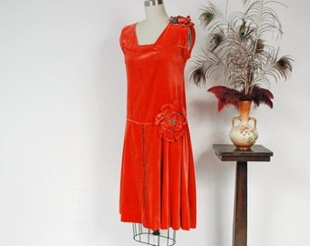 2 DAY SALE - Vintage 1920s Dress - Exceptional Orange Velvet 20s Flapper Dress with Drop Waist and Large Two Tone Rosettes