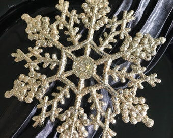 Small Sparkly Gold Snowflake Winter Wonderland Napkin Rings for Frozen Party, Christmas or New Years Table