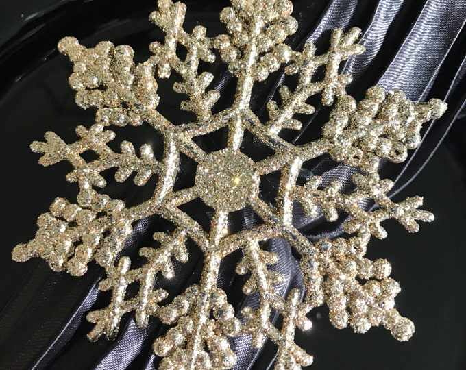 Featured listing image: Small Sparkly Gold Snowflake Winter Wonderland Napkin Rings for Frozen Party, Christmas or New Years Table
