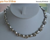On sale Pretty Vintage Silver tone Monet Adjustable Necklace