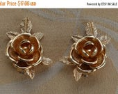 "On sale Pretty Vintage Gold tone Floral Rose Clip Earrings, Large, ""Sarah Coventry"" (O11)"