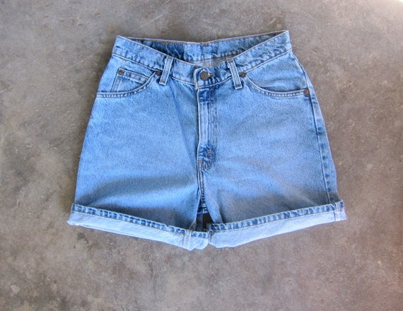Vintage LEVIS Jean Shorts Faded Blue Denim Shorts High Waist 90s Washed Out Jean Shorts 1990s Vintage Levis Shorts Womens size 9 Relaxed Fit