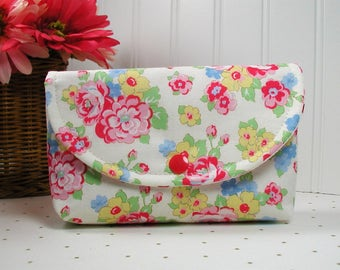 Snap Pouch / Large Snap Pouch / Cosmetic Pouch ... Retro 30's Child Smile Floral Bouquet / Lecien Fabrics