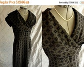 "ON SALE 50s Dress //  Vintage 1950's Black Eyelet Lace Dress with Cape Collar Size L 30"" waist metal side zipper"