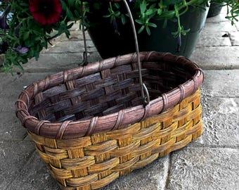 Swing Handled Gift Basket
