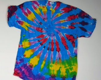 Mountaintop View ~ Spiral Tie Dye T-Shirt (Fruit of the Loom Heavy HD Size XL) (One of a Kind)