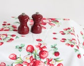 """Vintage 50s Shabby Chic Cottage Red Clover Daffodil Blooms Green on White Print Tablecloth / 50"""" x 49"""" Almost square Cotton Linen"""
