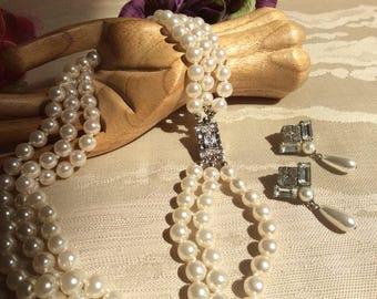 Vintage 3 strand white pearls pierced earrings, silvertone rhinestones clasp earrings, antique look faux pearl triple strand necklace earrin