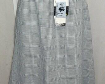 ON SALE Deadstock Vintage 1970's Cricket Lane Plaid Short Skirt Gray White 12