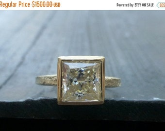 30 %off black friday sale Princess cut Moissanite engagement ring. 14k yellow gold ring.Hammered Moissanite ring.Square stone ring. Moissani