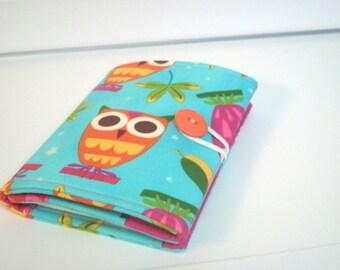 Crayon Tote On The Go - Owls on Aqua