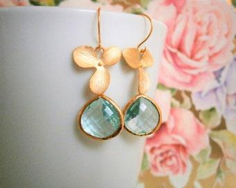 Aquamarine Earrings, Sale, Gold Earrings, Flower Post Earrings, Bridesmaid, Mom, Wife, Sister, Best Friend