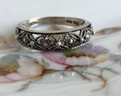 Vintage 925 Sterling Silver Marcasite  Avon Band glass Size 9