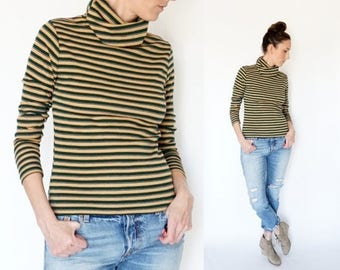 SPRING SALE vintage 70s striped TURTLENECK fitted sweater top M-L