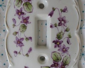 VTG 1950's Hand Painted Kelvin's Porcelain Cottage Chic Small Purple Star Flowers Porcelain Light Switch Cover Plate
