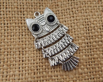 Silver Finish Flexible Owl Pendant  ~  Silver Owl Jewelry Component  ~  Owl Jewelry Supply  ~  Owl Embellishment  ~ Flexible Owl Pendant