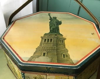 Vintage Statue of Liberty Red White Blue Biscuit Tin Sunshine Biscuits Patriotic American Tin Button Box Candy Tin Daniel Boone Lewis Clark