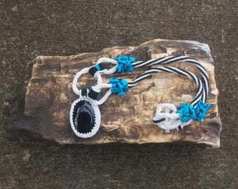 23 Inch Beadwoven Onyx and Dyed Howlite Pendant Necklace