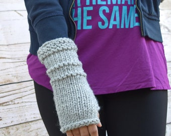 Chunky knit arm warmers light gray womens gloves gift for her Valentines Day ideas for her gifts for her ideas