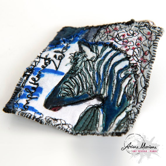 Zebra Animal Art Pin -  Reversible  Accessories Made in France - Reproduction Mixt Media Wax Painting