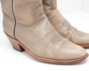 Vintage Frye Cowboy Boots Taupe Mens Size 10 D worn with stirrup marks