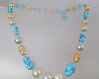 CHRISTMAS SALE Vintage Blue Art Glass and Pearl Necklace.  Japan.  Vintage Japanese Glass Necklace.