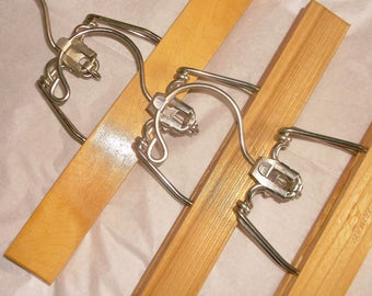Vintage SETWELL tier hook Pant Hangers • 5 count • one can hang below the other to Save Space