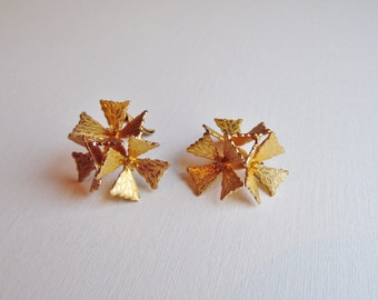Triple Gold Flower Clip on Earrings, Costume Jewellery, Vintage Gold Earrings, Vintage Jewellery, 1980s, 1990s