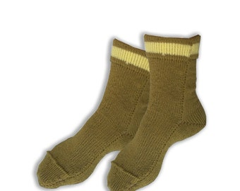 Socks  for adults and children  of   acril  handknit. All  size.