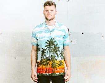 Vintage Men's HAWAIIAN Shirt . Floral Print Summer Shirt Tropical 80s Short Sleeve Cotton Beach Ibiza Shirt 1980s . size Large