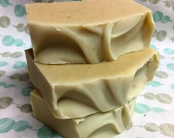 Savon à la soie Fleur d'avoine, lait d'avoine, douceur, miel, key lime, hydratant, fait main, handmade