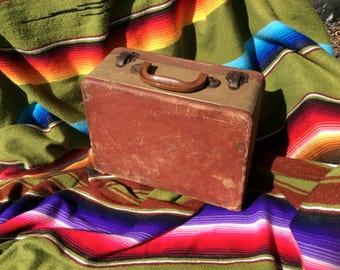 Vintage Shabby Case Bakelite Handle