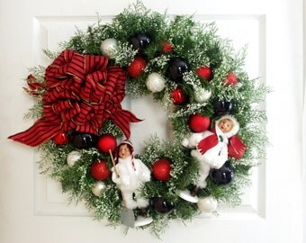 Red White and Black Wreath * Holiday Wreath * Byers Choice Caroler Wreath * Christmas Wreath * Christmas Decor * Winter Wreath * Door Wreath