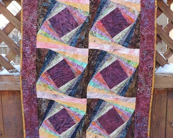 Twisted Log Cabin Quilt