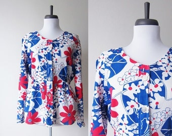 Vintage 1960s Peplum Top Shirt / MOD Floral Print Collarless Blouse / Size Large
