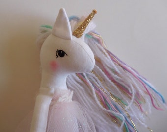 Mini rainbow unicorn no.3