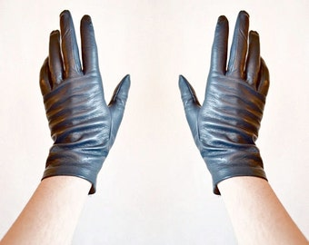 Vintage 1980s made in ITALY lamb leather gloves