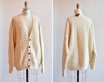 SALE / Vintage FISHERMAN's wool cardigan